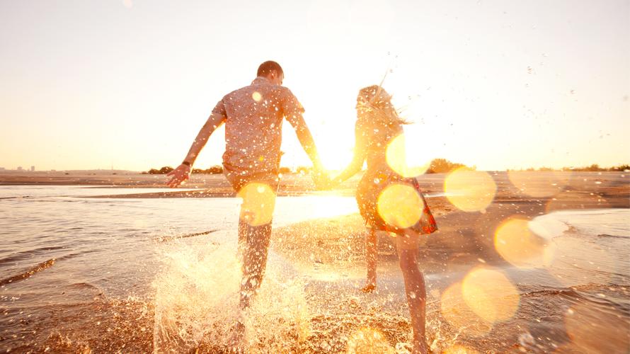 Casais felizes não falam de seu relacionamento nas redes sociais. 13-casais-felizes-dentro